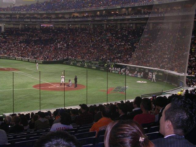 3/18(月)19時 MLBプレシーズンゲーム 巨人対マリナーズ 東京ドームの画像